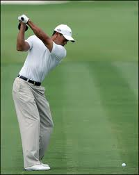 Tiger Woods Straight Lead Arm